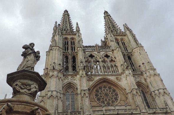 Ver la catedral de Burgos